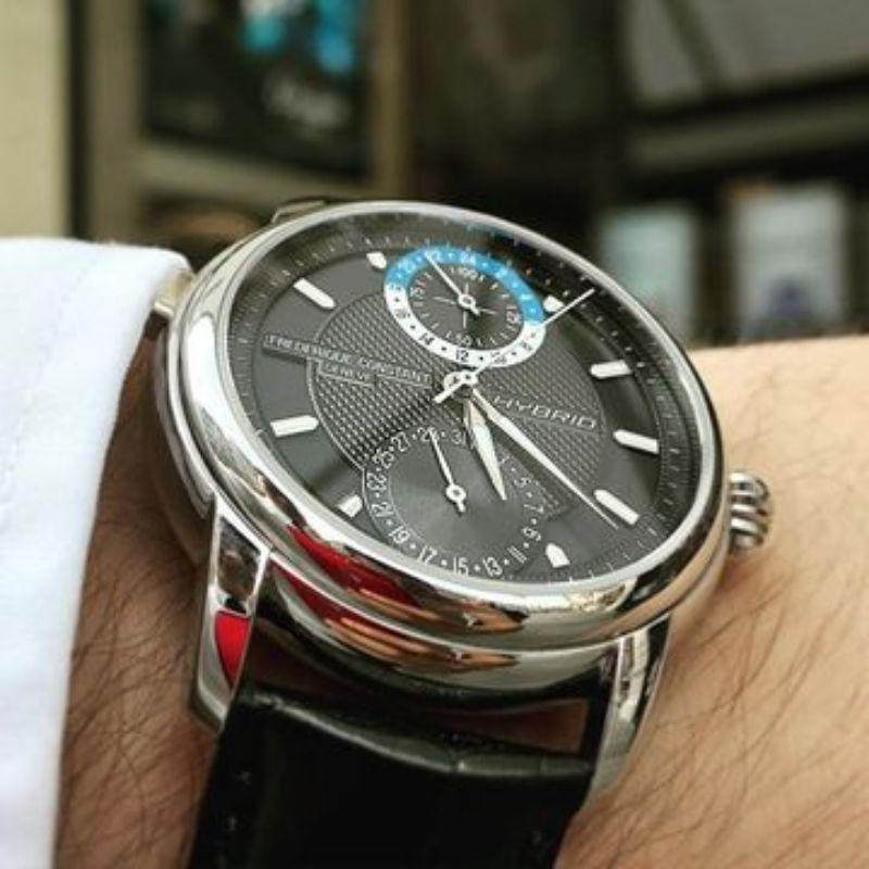 -FREDERIQUE-CONSTANT-HYBRID-MANIFACTURE-il-primo-orologio-3.0-(dark-grey)